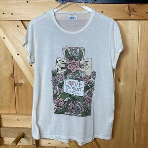 lauren moshi | love potion floral graphic tee